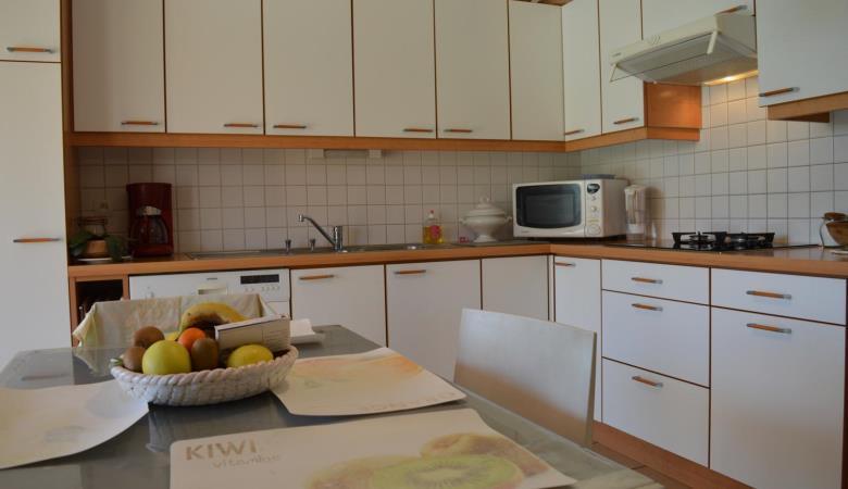 SC740-003 cuisine2