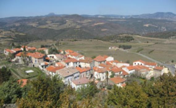 Trilla - Village